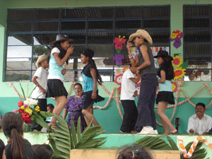 Student performance at school opening fiesta