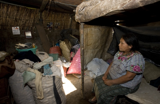 Paisley Dee's Guatemalan home with woman